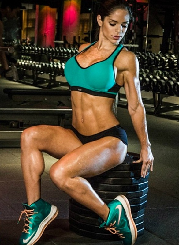 как заработать фитнес моделью