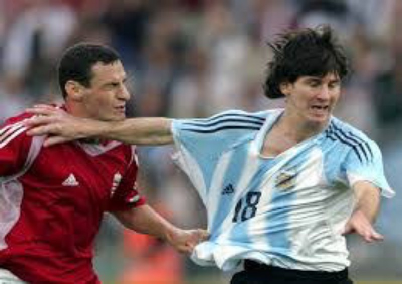 How Many Red Cards Has Messi Received So Far Tosyne2much On Scorum