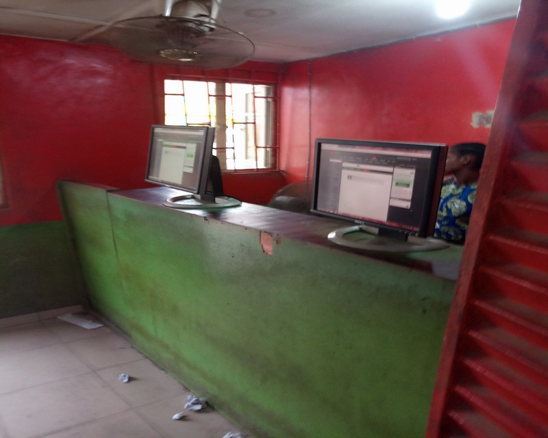 See An Overview Of A Typical Bet Shop In Nigeria (Images